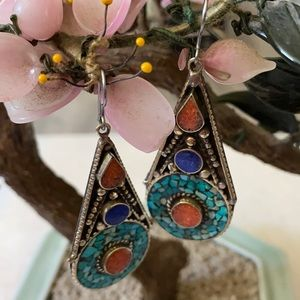 Vintage inlay turquoise lapis coral earring